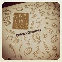 รูปภาพถ่ายที่ Casimiros Boteco Gourmet โดย Silvia S. เมื่อ 5/19/2012