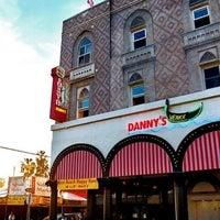 Foto diambil di Danny's Venice oleh Arthur B. pada 5/10/2012