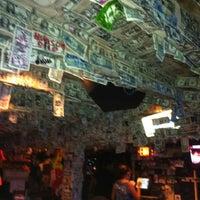 Foto tomada en Siesta Key Oyster Bar por Edward D. el 7/22/2012