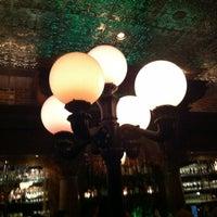 Foto tomada en Stoddard's Fine Food & Ale por Jennifer R. el 3/17/2012