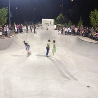 Foto tomada en Historic Fourth Ward Skatepark por Angel P. el 5/13/2012