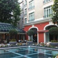 Photo prise au Hôtel Le Royal Monceau Raffles par Thierry P. le5/1/2012