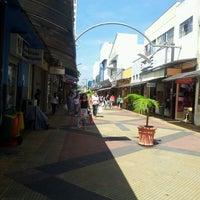 4/12/2012 tarihinde Jeremias A.ziyaretçi tarafından Calçadão da Rua Sete'de çekilen fotoğraf