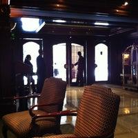 Foto scattata a Hotel Plaza San Francisco da Paulo G. il 3/13/2012