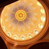 Foto scattata a Sixth & I Historic Synagogue da Moses H. il 5/1/2012