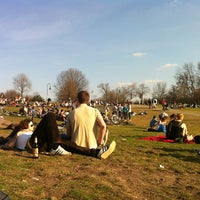 Снимок сделан в Görlitzer Park пользователем Monica Z. 3/24/2012