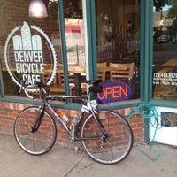 9/3/2012 tarihinde Tim J.ziyaretçi tarafından Denver Bicycle Cafe'de çekilen fotoğraf