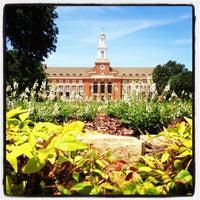 Photo prise au Library Lawn par Chase C. le6/2/2012