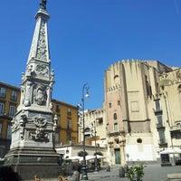 Foto scattata a Piazza San Domenico Maggiore da Giuseppe C. il 8/20/2012