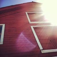 Foto scattata a Papapietro Perry Winery da Shana R. il 7/29/2012