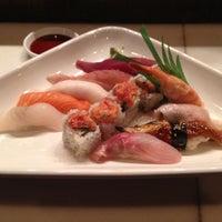 Foto scattata a Bonjung Japanese Restaurant da Carl M. il 2/29/2012