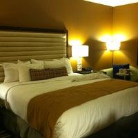 Das Foto wurde bei Moonrise Hotel von CATHERINE P. am 4/21/2012 aufgenommen
