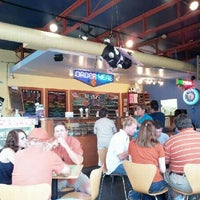 Das Foto wurde bei Amy's Ice Creams von Chris am 4/28/2012 aufgenommen