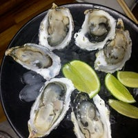 Foto tirada no(a) Mirai Japanese Cuisine por Mari S. em 7/4/2012