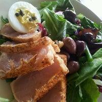 8/18/2012 tarihinde Norah L.ziyaretçi tarafından Palisade Restaurant'de çekilen fotoğraf