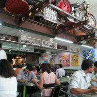 Foto tirada no(a) Bar Sacabral por Marcelo M. em 2/29/2012