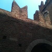 Foto scattata a Casa di Romeo da Alex D. il 5/19/2012