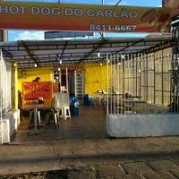 Foto tirada no(a) Hot Dog do Carlão por Rodrigo S. em 3/6/2012