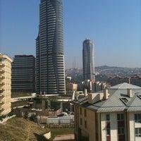 3/24/2012 tarihinde SedaAziyaretçi tarafından Akasya Acıbadem'de çekilen fotoğraf