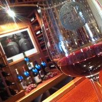 Das Foto wurde bei Hawk Haven Winery von JP C. am 4/30/2012 aufgenommen