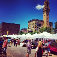 Снимок сделан в South End Open Market @ Ink Block пользователем Steve G. 6/24/2012