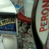 Foto diambil di Frank's Pizzeria oleh L pada 7/11/2012