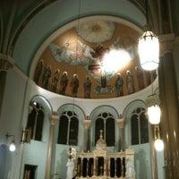 Das Foto wurde bei Holy Family Church von Forgotten Buffalo am 3/11/2012 aufgenommen