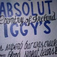 รูปภาพถ่ายที่ Iggy's โดย Erica M. เมื่อ 3/9/2012