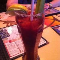 รูปภาพถ่ายที่ Pour House Bar & Grill โดย Annie K. เมื่อ 4/29/2012