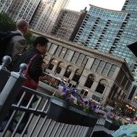 6/7/2012에 Derek G.님이 Tavern at the Park에서 찍은 사진