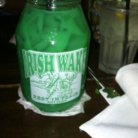 Foto tomada en McGuire's Irish Pub of Destin  por Sharon S. el 8/25/2012