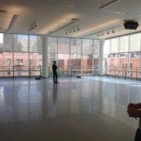 8/27/2012 tarihinde Marcus W.ziyaretçi tarafından The Ailey Studios (Alvin Ailey American Dance Theater)'de çekilen fotoğraf