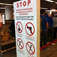 Снимок сделан в Gate 41 пользователем Fragiskos M. 6/9/2012
