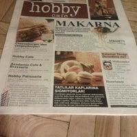 Foto tomada en Hobby Cafe por Nadide el 6/28/2012