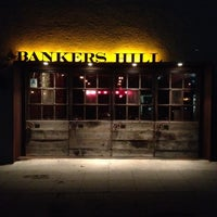 Photo prise au Bankers Hill Bar & Restaurant par Jessica M. le3/28/2012