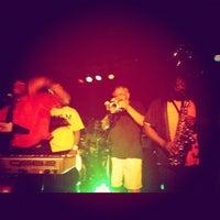 Photo prise au Proud Larry's par Rob C. le4/1/2012