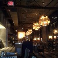 Foto tirada no(a) Alto Restaurant por Lia K. em 8/6/2012