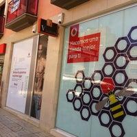 7/14/2012 tarihinde Nicolas L.ziyaretçi tarafından Niza Móviles (Vodafone)'de çekilen fotoğraf