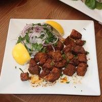 Foto tomada en Mahzen Grill por 7th.List el 4/21/2012