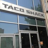 7/7/2012에 Crystal M.님이 Taco Shack에서 찍은 사진