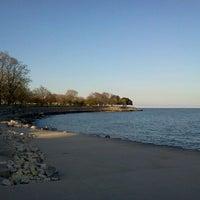 Foto tomada en Promontory Point Park por MB Noble el 3/28/2012