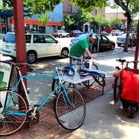 Foto scattata a Denver Relief da Lesley Y. il 5/26/2012