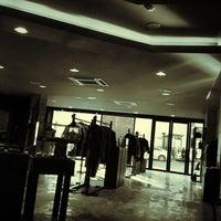 Foto diambil di John White cafe oleh Young K. S. pada 3/11/2012