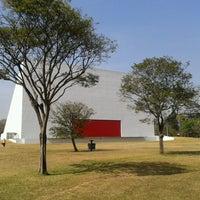 9/5/2012にPedro V.がAuditório Ibirapuera Oscar Niemeyerで撮った写真