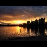 Das Foto wurde bei Green Lake Park von Kate K. am 7/20/2012 aufgenommen
