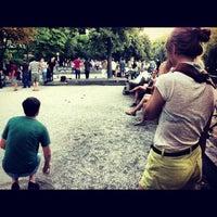 Das Foto wurde bei Bouleplatz am Ufer von Ian H. am 8/1/2012 aufgenommen