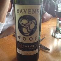 Снимок сделан в Olive Garden пользователем Ashley E. 6/15/2012