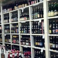 3/24/2012にDonna P.がHoliday Wine Cellarで撮った写真