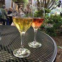 Снимок сделан в Arlequin Cafe & Food To Go пользователем Sarah M. 4/29/2012