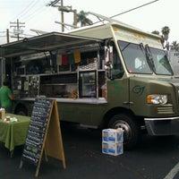 Foto scattata a Hillcrest Farmers Market da Leila P. il 6/17/2012